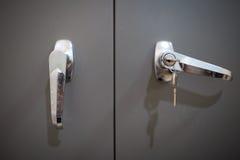 Otwarte drzwi, klucz Fotografia Royalty Free