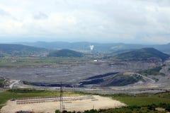 Otwartej jamy kopalnia węgla i termiczna elektrownia fotografia royalty free