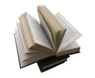 Otwarty książkowy kłaść na zamkniętych książkach Fotografia Stock