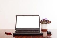 Otwarty laptop z odosobnionym ekranem Zdjęcia Royalty Free