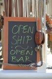 Otwarty statek - Otwiera baru Zdjęcie Stock