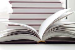 otwierać książkowe książki Zdjęcie Royalty Free