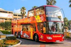 Otwiera odgórnego celowniczego widzii autobus fotografia royalty free