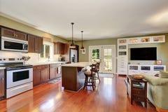 Otwiera planu kuchennego wnętrze z Głębokim - brown składowa kombinacja Zdjęcia Royalty Free