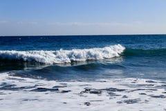 Ouça o som da onda na praia Foto de Stock Royalty Free