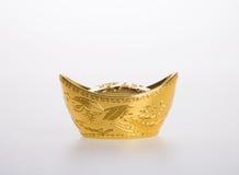 Or ou symboles chinois de moyen de lingot d'or de la richesse et de la prospérité Photo libre de droits