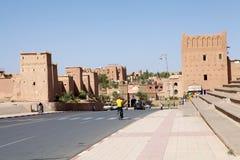 Ouarzazate的游人,摩洛哥 免版税库存图片
