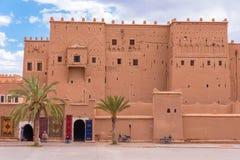 Ouarzazate kasbah, dichtbij de woestijn van de Sahara van Marokko Royalty-vrije Stock Foto's