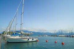 Ouchy口岸小游艇船坞在洛桑 免版税库存照片