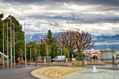 ` Ouchy för kaj D av Genève sjön i Lausanne Arkivbilder