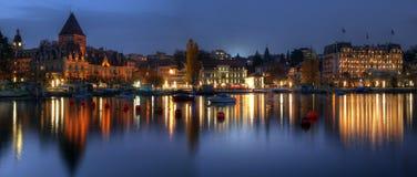 Ouchy panorámico en el crepúsculo, Lausanne, Suiza Fotos de archivo libres de regalías