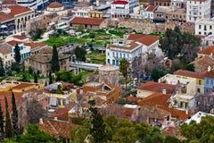 Oud Athene, gekleurde betegelde daken Stock Afbeeldingen
