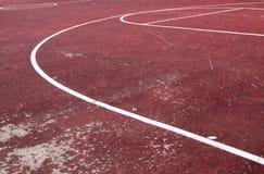 Oud basketbalhof royalty-vrije stock afbeeldingen