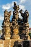 Oud beeldhouwwerk van Maagdelijke Mary Royalty-vrije Stock Foto