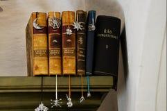 Oud boek in de zolder van een huis in Praag royalty-vrije stock foto's