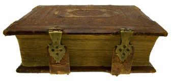 Oud boek met slot, dat op wit wordt geïsoleerde Stock Foto