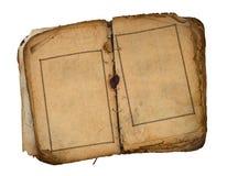 Oud boek open op beide blanco pagina's. Royalty-vrije Stock Afbeeldingen