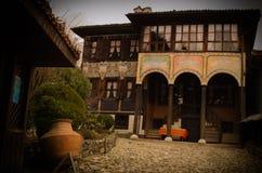 Oud Bulgaars huis Тraditional in Koprivshtica, Bulgarije Stock Afbeeldingen