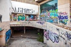 Oud centrum van Limassol allen geschilderd met graffiti royalty-vrije stock foto's