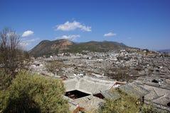 Oud dak in de oude stad van Lijiang, Yunnan China Stock Afbeelding