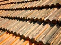 oud dak in Italië de lijn en de textuur van diagonaal Stock Afbeeldingen