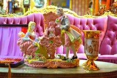 Oud de adelpaar van het porseleincijfer royalty-vrije stock afbeeldingen