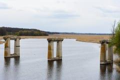 Oud destructed brug Stock Afbeeldingen
