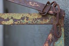Oud deurhandvat stock afbeelding