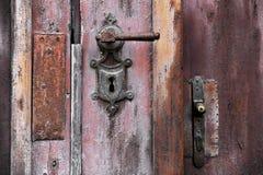 Oud Deurhandvat en Slot Stock Fotografie