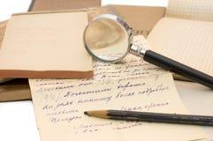 Oud document, oude brieven en enveloppen stock foto