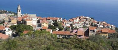 Oud dorp Cipressa Stock Afbeeldingen