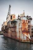 Oud droogdok, scheepswerf in haven van Hafnarfjordur Stock Afbeeldingen
