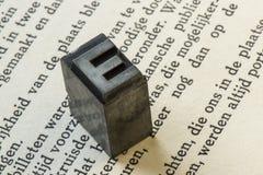 Oud druktype van de loodinkt van een bedrijf van de boekdruk Royalty-vrije Stock Afbeeldingen