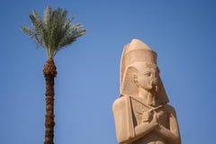 Oud Egyptisch beeldhouwwerk Stock Foto