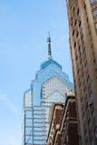 Oud en de Nieuwe Wolkenkrabbers van Philadelphia stock afbeeldingen