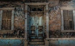oud en verlaten huis Stock Afbeelding