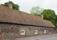 Oud Engels dorpshuis stock foto's