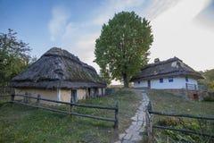 Oud etnisch Oekraïens dorp stock afbeelding