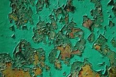 Oud gebarsten verfpatroon op roestige achtergrond De verf van de schil Royalty-vrije Stock Foto