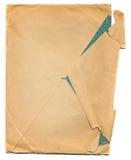 Oud gekreukt die envelopdocument op wit wordt geïsoleerdc stock afbeeldingen