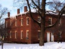 Oud gerechtsgebouw op een de winterdag Royalty-vrije Stock Afbeeldingen