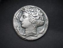 Oud Grieks zilveren muntstuk van Syracuse Stock Foto's