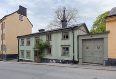 Oud groen blokhuis in Stockholm Royalty-vrije Stock Foto