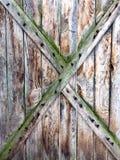 Oud, grunge hout als achtergrond wordt gebruikt die Stock Foto