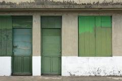 Oud grunged deur Royalty-vrije Stock Afbeeldingen
