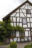 Oud helft-Betimmerd Huis Royalty-vrije Stock Foto's