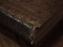 Oud historisch boek Stock Foto's