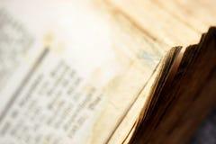 Oud historisch boek, open, Royalty-vrije Stock Afbeelding