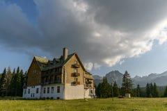 Oud hotel royalty-vrije stock foto's
