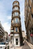Oud hotel met interessante architectuur royalty-vrije stock foto's